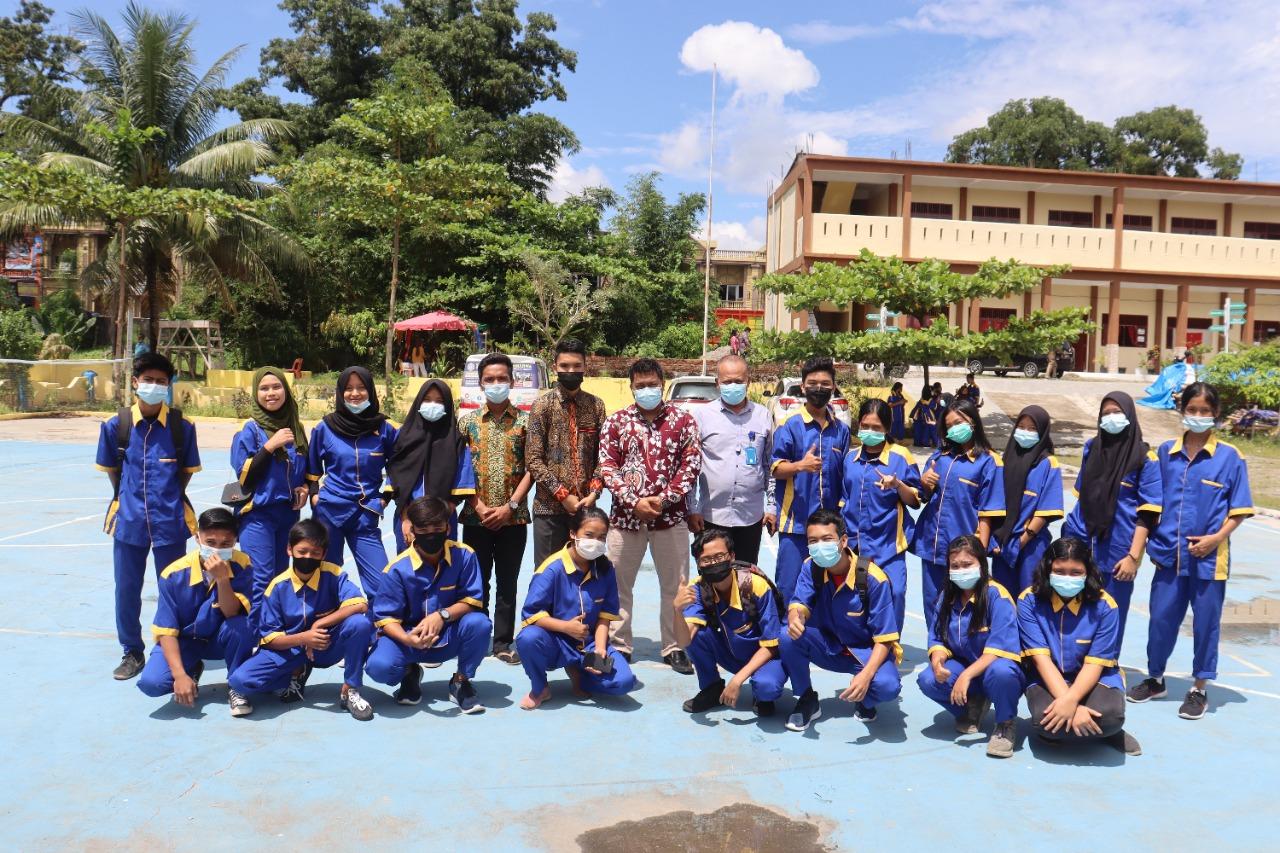 """Semangat Baru Menanti ajaran Baru 2021/2021 Jurusan teknik Komputer Dan Jaringan """"Workshop Mikrotik Dan Debian """" di SMK Gelora Jaya Nusantara Medan"""